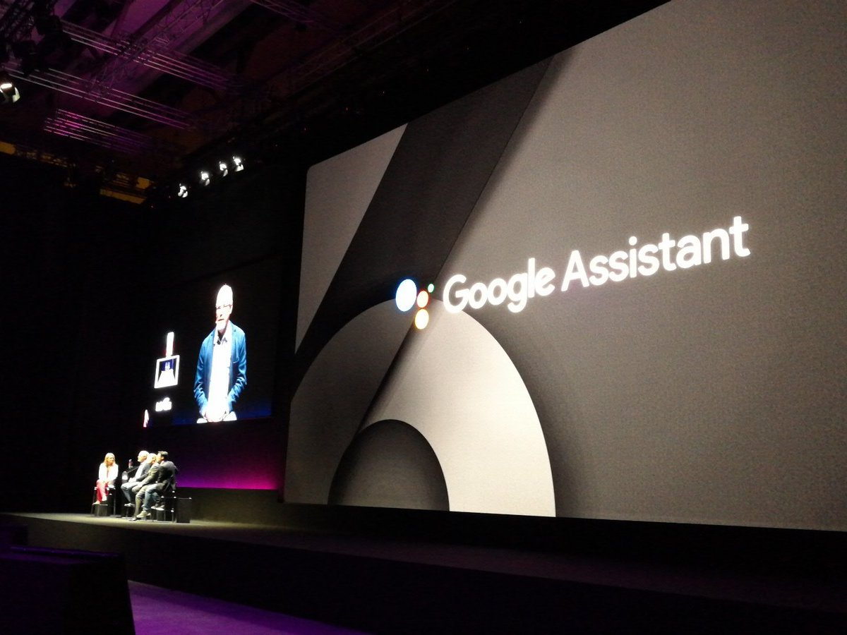 Google is on stage to talk about #googleassistant. The #LGG6 is the fi...