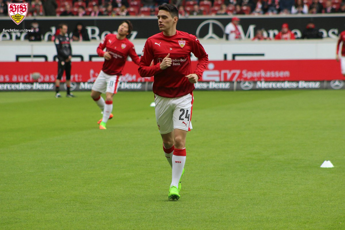 Startelfdebüt. #VfBFCK #VfB #Brekalo https://t.co/Cpopbkzd4b