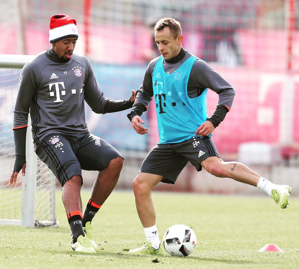 Sunday training session with @R13_official 🇧🇷🇩🇪🙌🏾 #FCB #MiaSanMia #jb1...