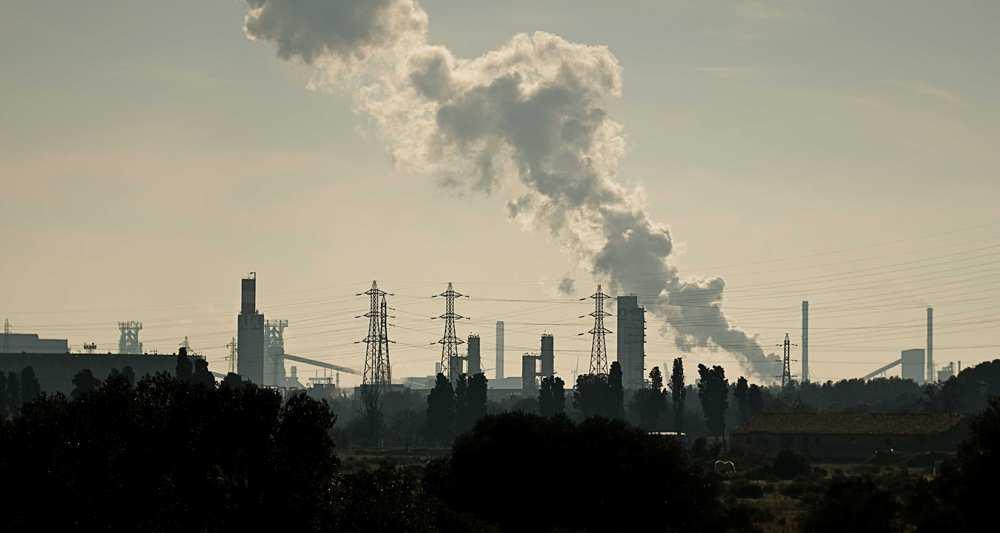 Pour @JeanTirole, la taxe carbone est l&#39;outil le plus efficace pour répondre aux enjeux climatiques  http://www. lesechos.fr/industrie-serv ices/energie-environnement/0211829165264-taxer-le-carbone-loutil-le-plus-efficace-face-au-defi-climatique-selon-jean-tirole-2067813.php#xtor=RSS-41 &nbsp; …  #Environnement <br>http://pic.twitter.com/Wn0QLT8hsu