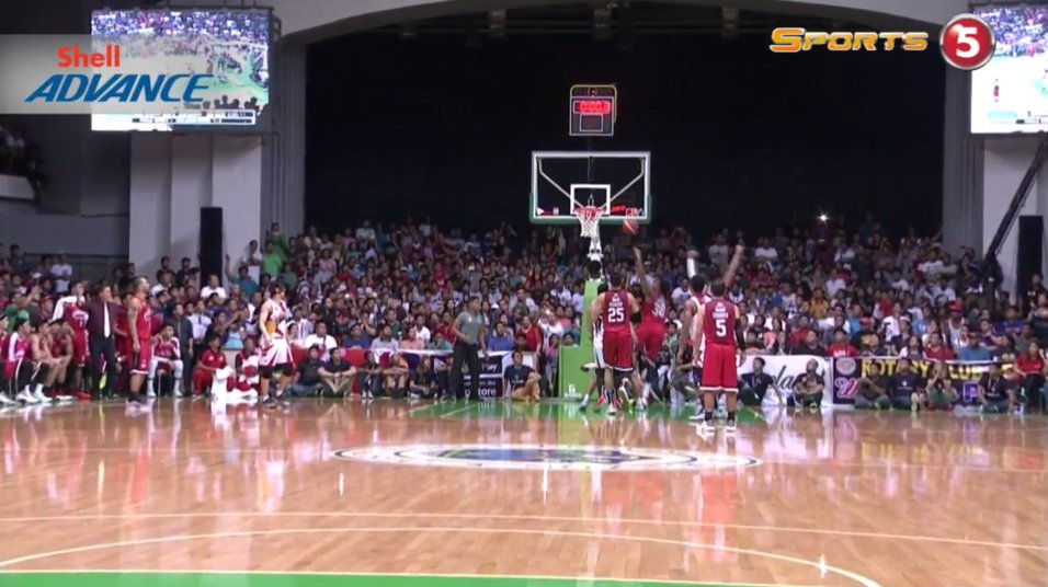 We're having extra 5 minutes!!! What a cardiac game! #PBAFinals https:...