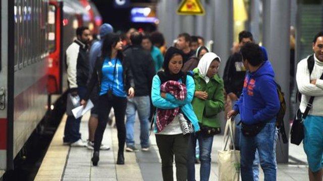10 attaques anti-migrants par jour en Allemagne  http:// dlvr.it/NTgHLj  &nbsp;   #Monde <br>http://pic.twitter.com/X3ZXE8Y0xr