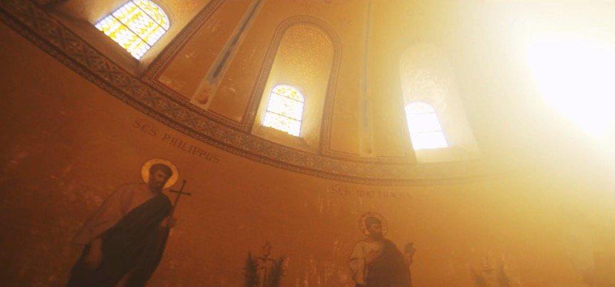 フランスのドローン撮影プロチーム、歴史的な大聖堂を撮影 - @drone_borg https://t.co/gh216PAphb #ドロー...