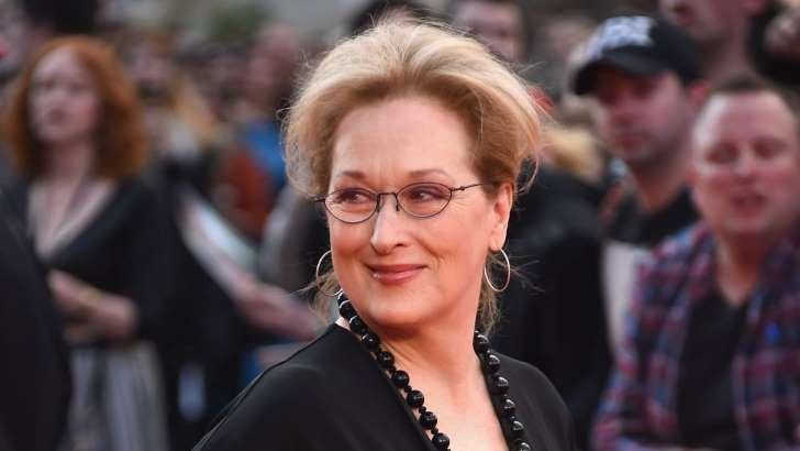 #Meryl #Streep Slams #Karl #Lagerfeld&#39;s Apology After #Oscar Dress &#39;Lie&#39;: &#39;I Do Not Take This Lightly&#39;<br>http://pic.twitter.com/9VR9Ver6sr