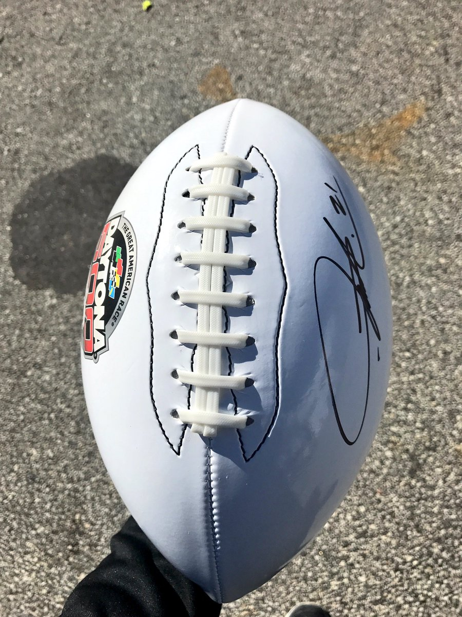 Want to win a #DAYTONA500 football signed @LT_21?! RETWEET and we'll p...