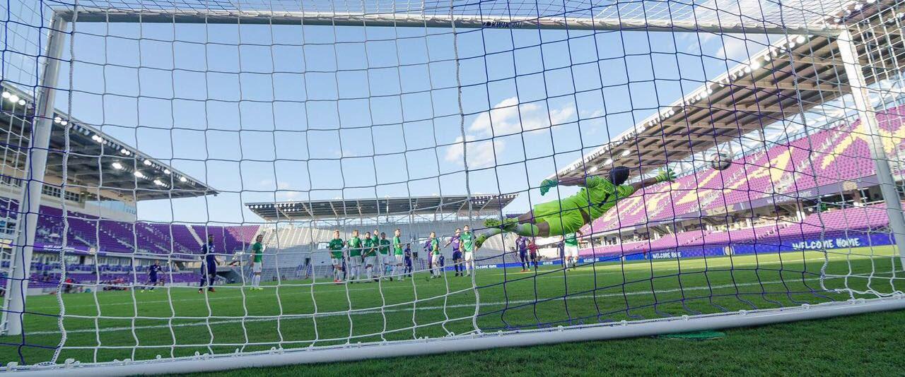 Tá lá ⚽️ primeiro gol da história do novo estádio. #goal #magicmoment https://t.co/NLwzb9JCm3