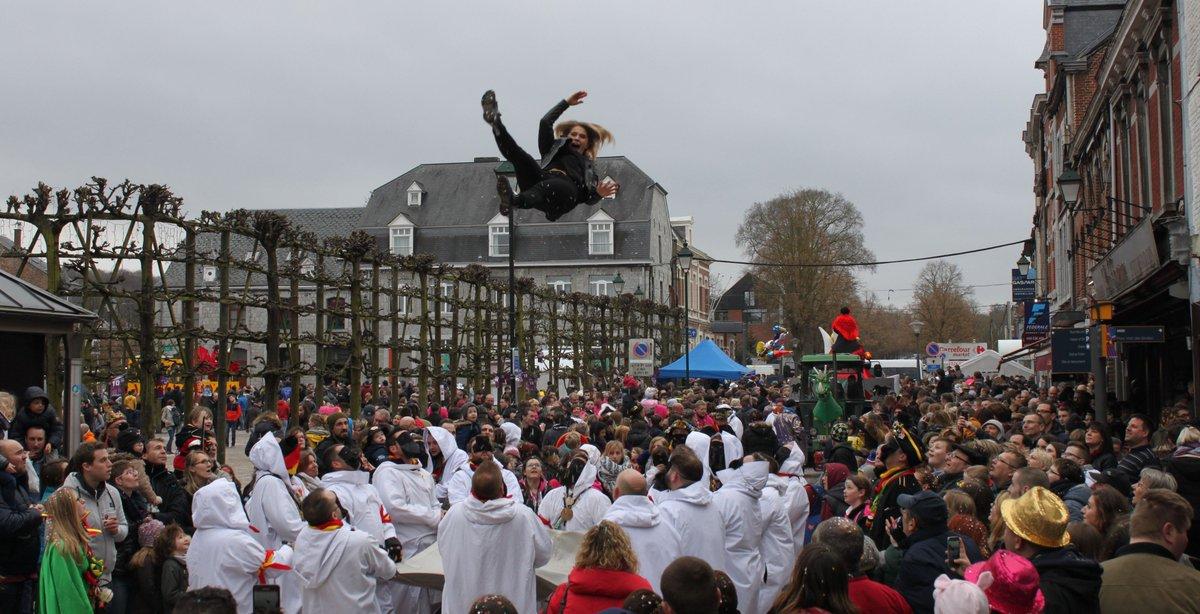 #Carnaval de la Grosse Biesse à #MarcheenFamenne #Tourisme #Wallonie @tourismebelge @TVLux<br>http://pic.twitter.com/mDbCFUfqDD