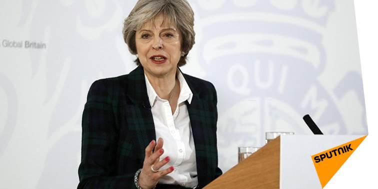 #TheresaMay ordonne d&#39;élaborer un système de visas pour les #migrants de l'#UE  http:// sptnkne.ws/dDzc  &nbsp;  <br>http://pic.twitter.com/mzy2VhTsnj