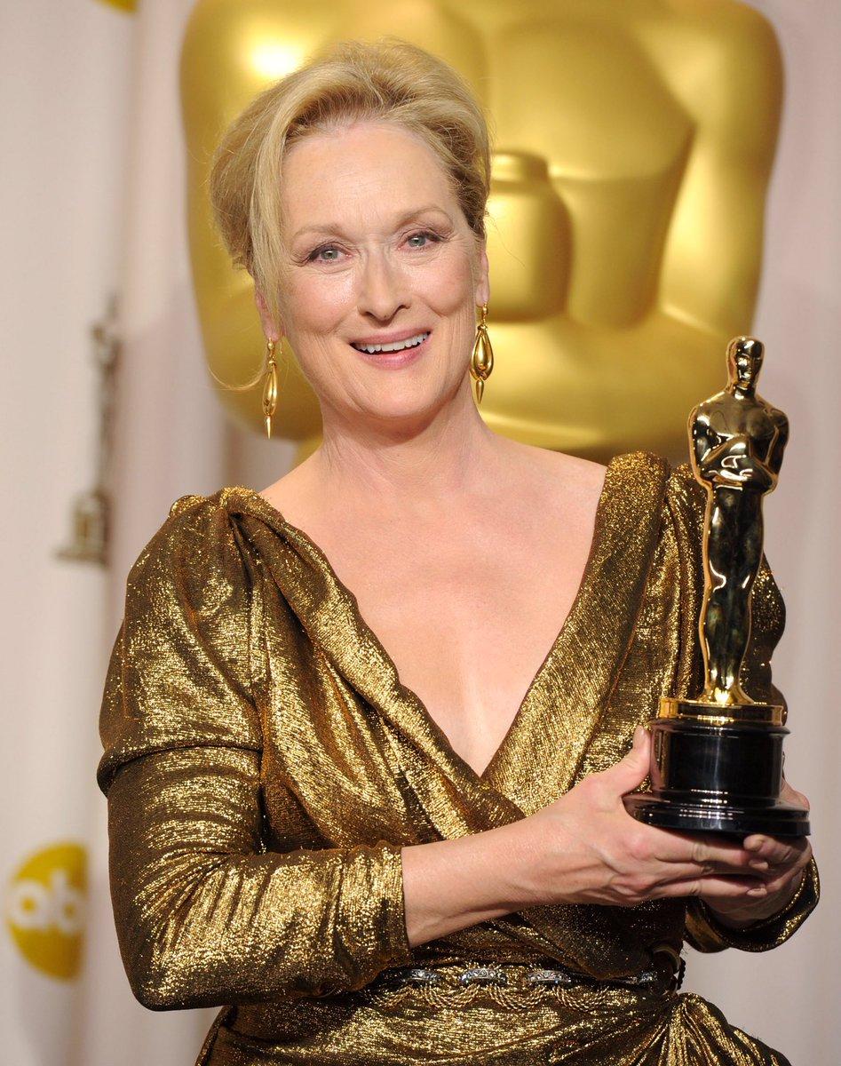 Encore un autre pour #MerylStreep ce soir !! #Oscars2017<br>http://pic.twitter.com/fGgCu5p6Dk