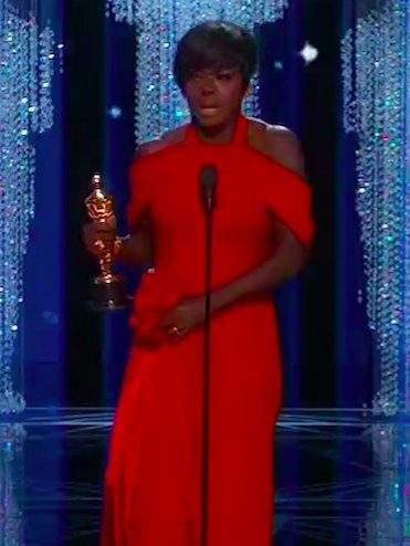How Viola Davis spent 2017 #Oscars https://t.co/Jgk2P0Kc7n