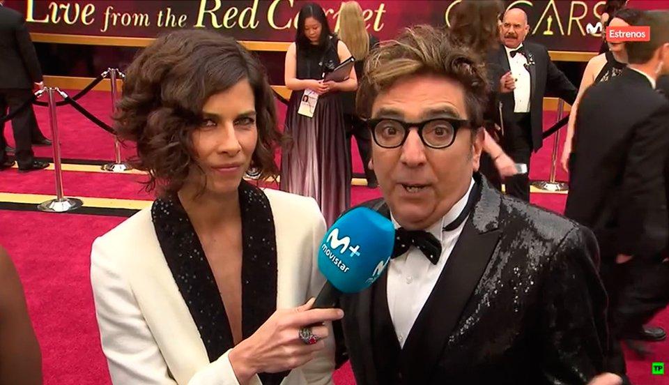 ¡En nuestra cámara en exclusiva en la alfombra roja puedes ver el desfile de estrellas! Y por supuesto a Cris y @guidemulder #Oscar2017 https://t.co/SIVD1iDWD4