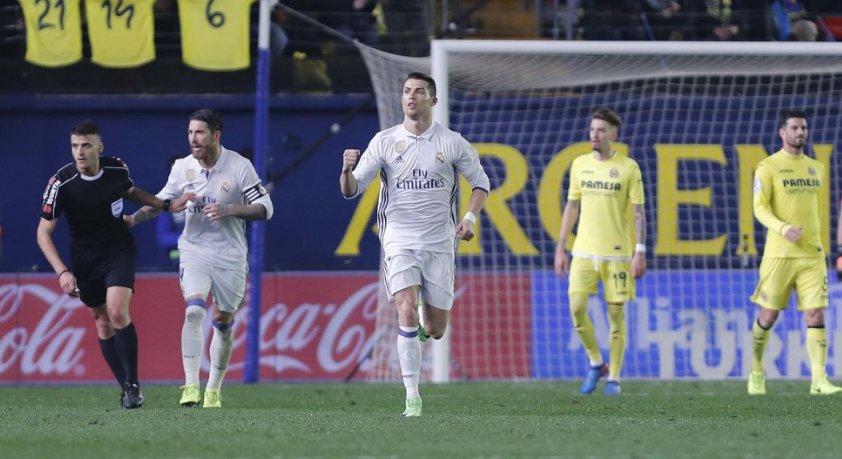 Cristiano Ronaldo(57), Hugo Sanchez(56)'i geçerek Real Madrid'in penal...