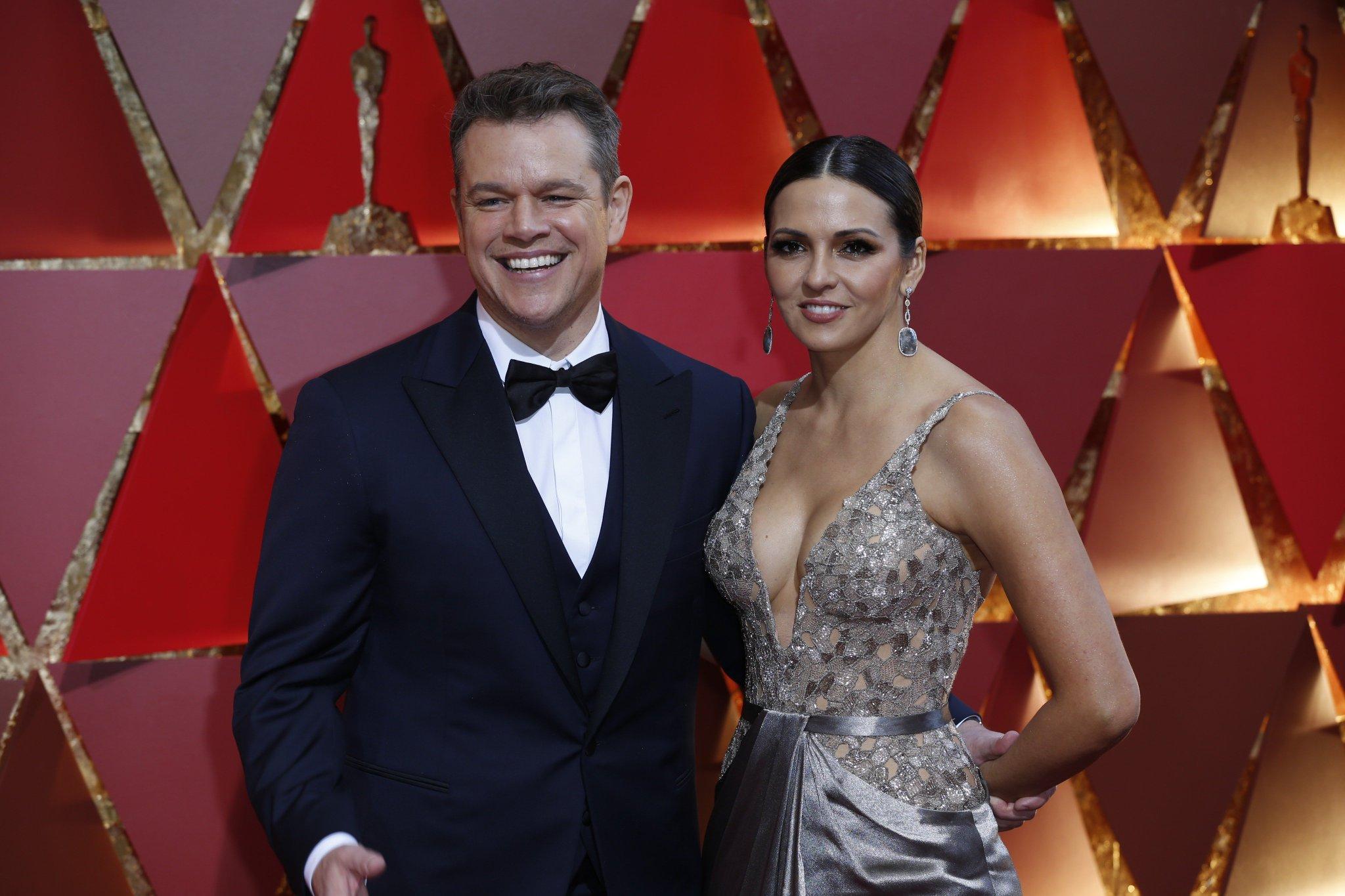 #Oscars host Jimmy Kimmel sees you, Matt Damon https://t.co/IVm5H11liw https://t.co/2Krb65qa37