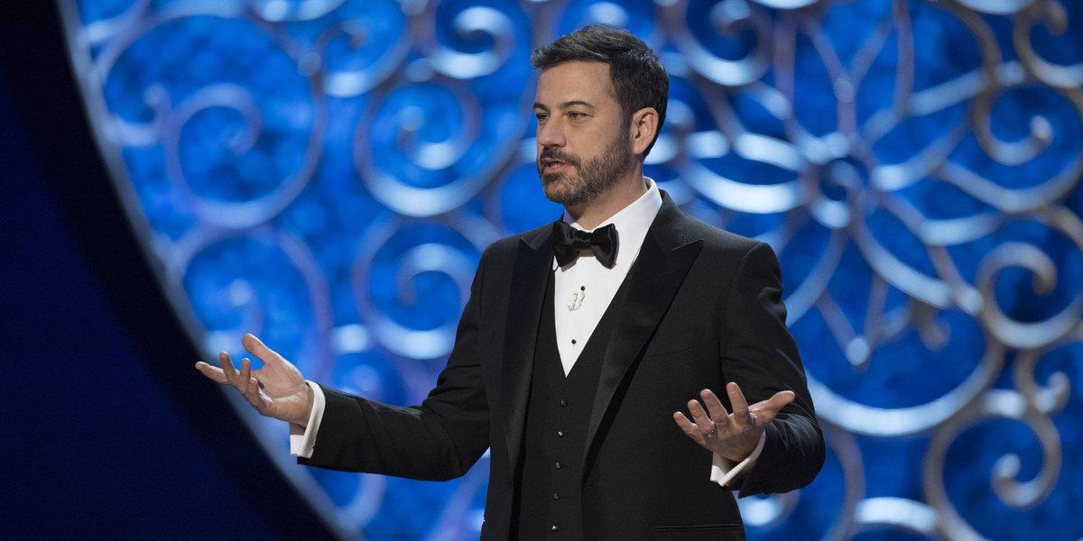 #Oscars  - Jimmy Kimmel tweete #Trump: «Meryl fait dire bonjour»  http:// huff.to/2lpdDIp  &nbsp;  <br>http://pic.twitter.com/aNsDot5JTT