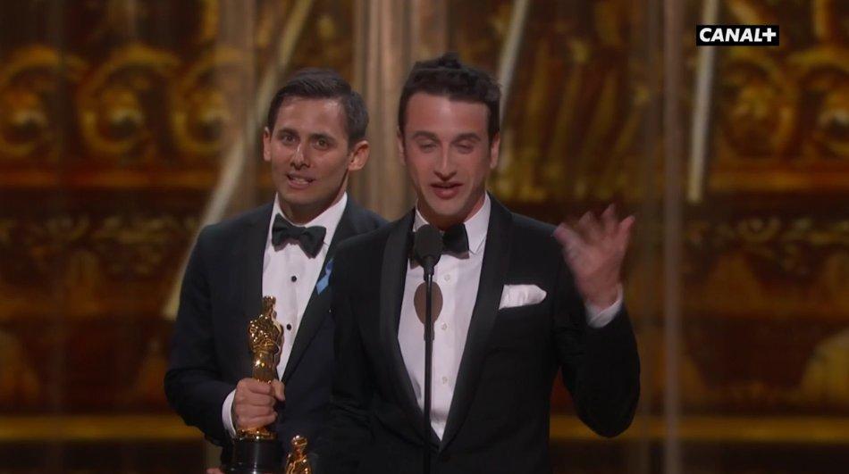 Il pleut des #Oscars pour #LaLaLand ! Maintenant meilleure chanson originale 🎤