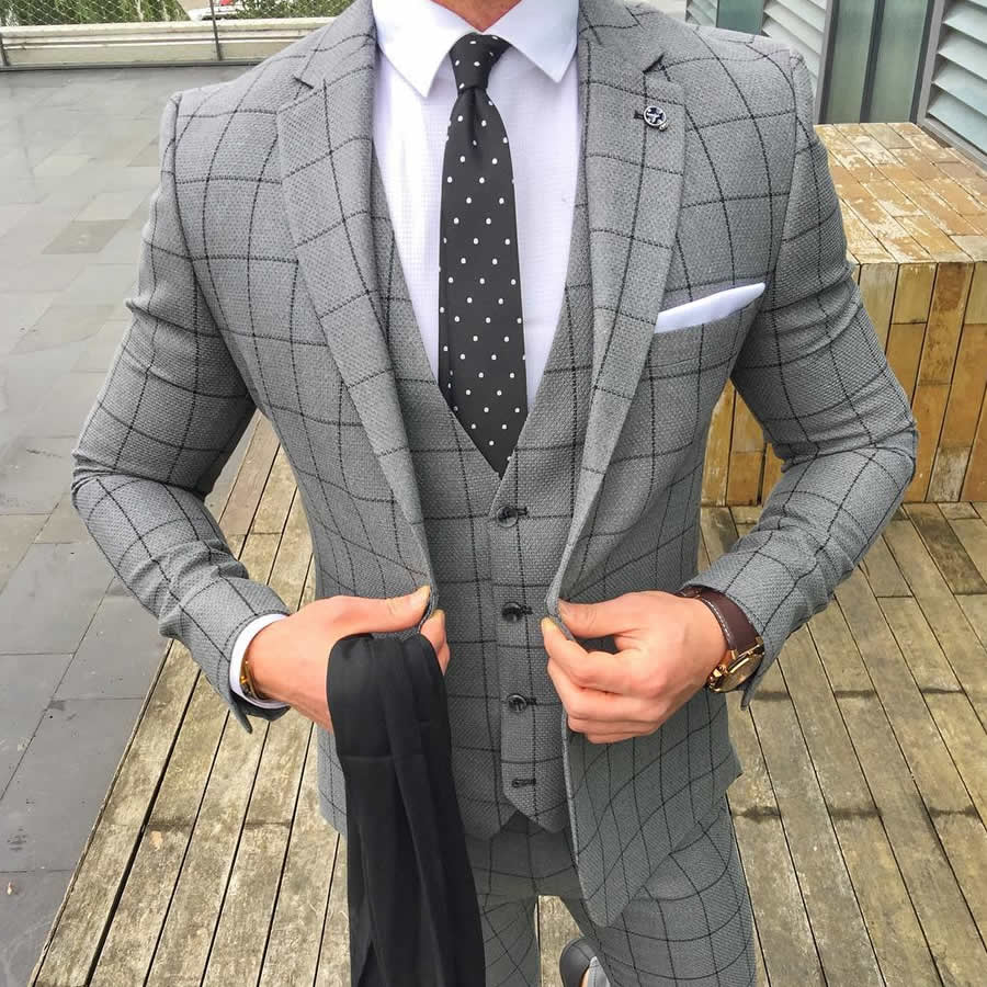 Nice checkered grey three pieces suit! Style by sammydkr. Share and get your style at https://t.co/ioASY4Pc7k #greysuit #perfectfit https://t.co/8cahFXVGwd