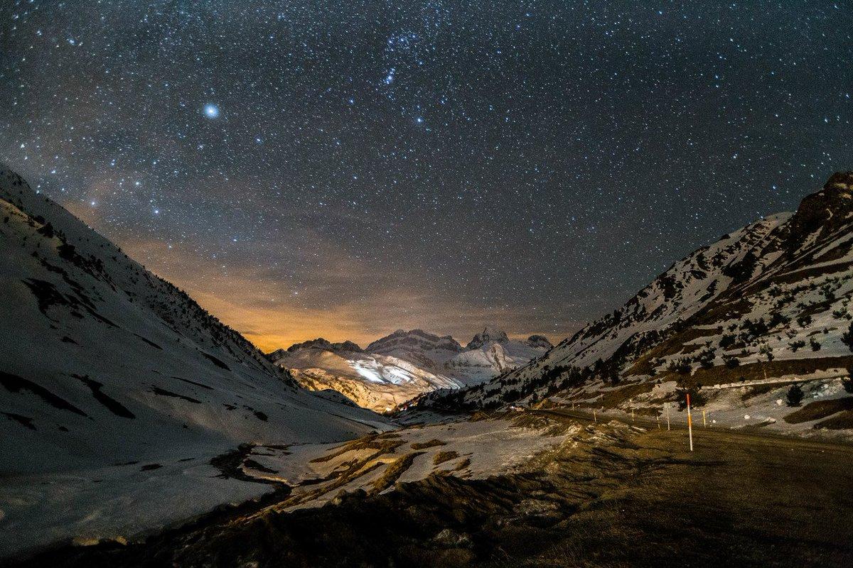Vaya dos días de esquí que ha disfrutado SUperZur en @astun_candanchu ¡qué maravilla! 😍[REPORT📷] ➡️https://t.co/DzJnIgskS9