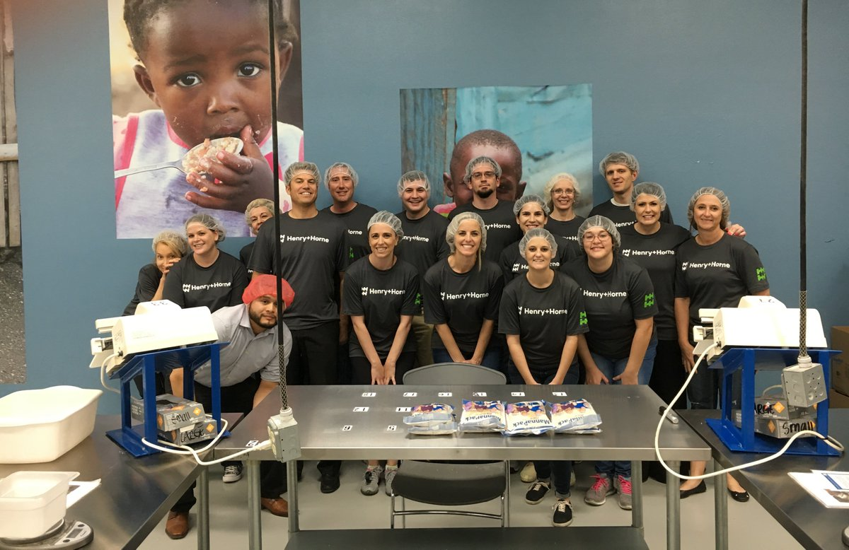 RT @ATomorrow .@HHCPAs helped prepare over 30K meals earlier this month with @fmsc_org in Mesa, Ariz.: https://t.co/wN66tMaERZ