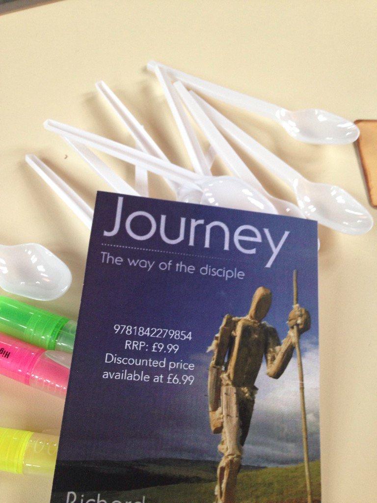 Getting ready to talk prayer on #journey course @NewburyBaptist Tweet your prayer advice on #prayway please https://t.co/zs3tH85RAE