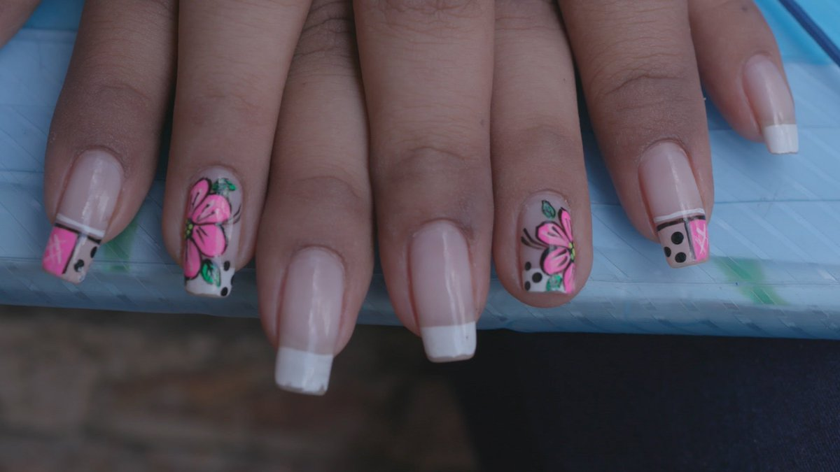 Street Heroines On Twitter Nails Nails Nails Colombian Women Love