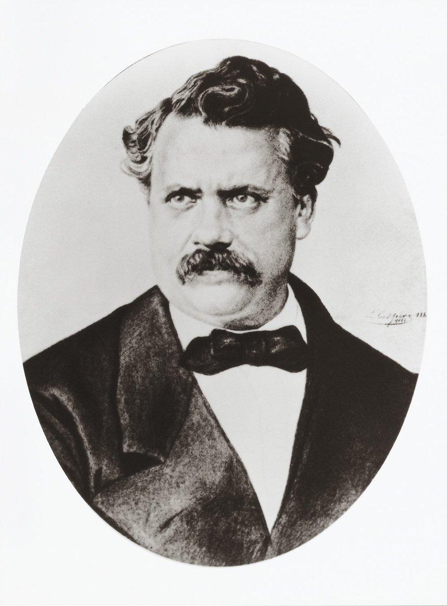 #CeJourLa en 1892, la mort du créateur de #mode #LouisVuitton à Asnières-sur-Seine. #Hauts-de-Seine<br>http://pic.twitter.com/GMjO0RAyP4