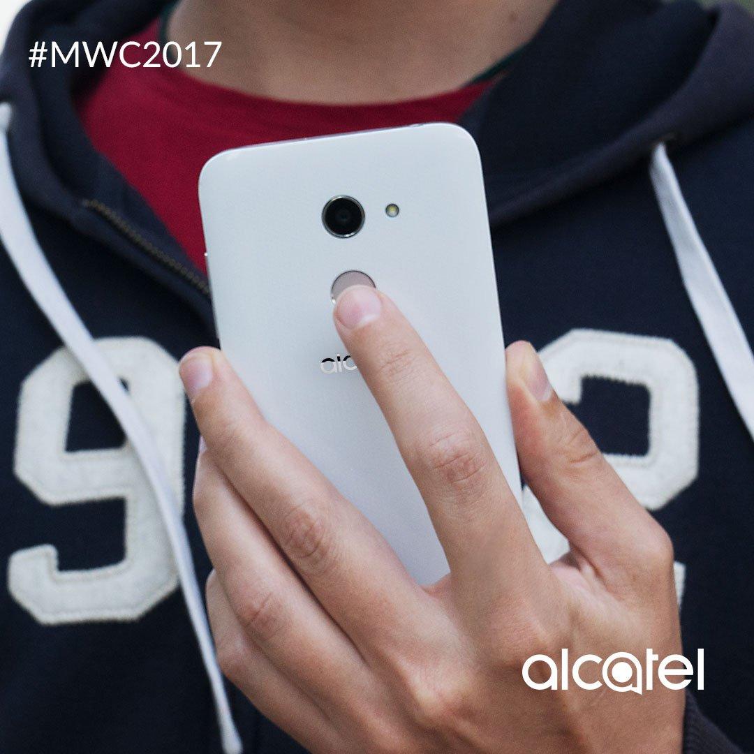 Lo que pasa en tu Alcatel A3, se queda en tu Alcatel A3. Protege tus archivos con tu huella digital. #MWC2017 https://t.co/Eo5XC2YzVK