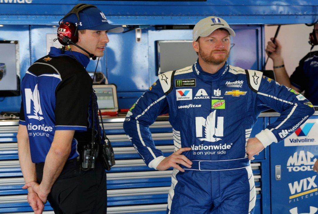 #NASCAR - Dale Earnhardt Jr. satisfait de son retour  http:// dlvr.it/NVG25z  &nbsp;   - via @usracingcom<br>http://pic.twitter.com/fXmVgEISLp