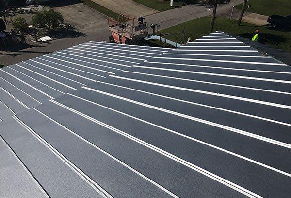 Metal #Roofing Installation Methods- https:// rooferscoffeeshop.com/metal-roofing- installation-methods/ &nbsp; …  via @RoofCoffeeShop  #roof #metalroof #roofing #rooftop<br>http://pic.twitter.com/Mey5WMBJ57