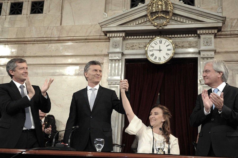 En medio de escándalos, Macri inaugura el período de sesiones ordinari...
