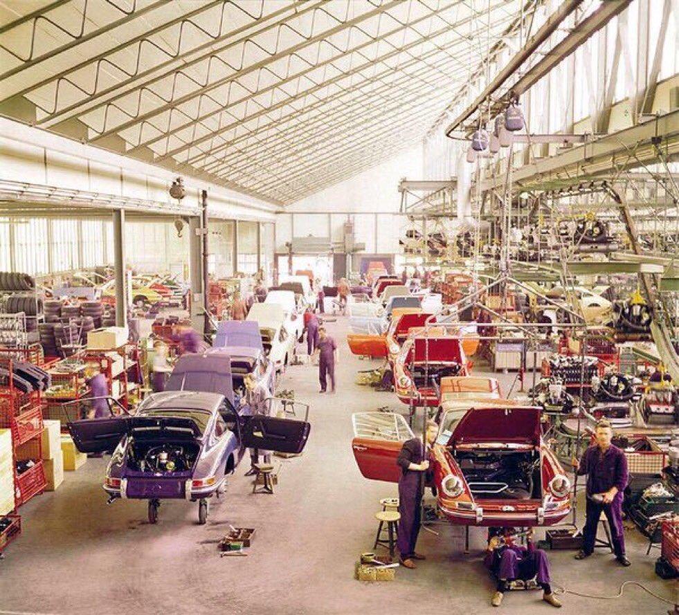 The Porsche 911 Assembly Line At The Stuttgart Factory