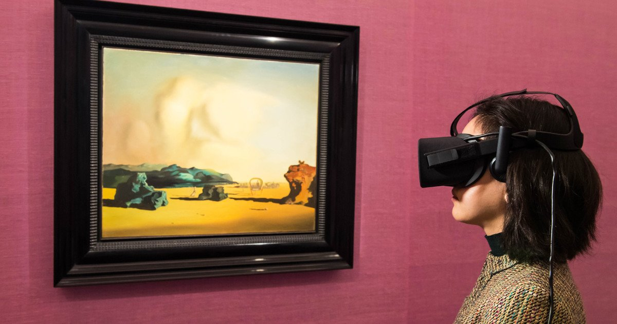 I used VR to walk through a $10 million painting, and it was literally surreal