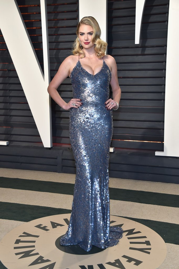 7dd6b105f13 kate upton wore a custom paillette embellished gown to the 2017 vanity fair  oscar party