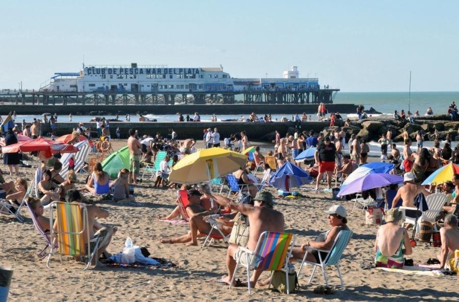 Números magros: un fin de semana largo con menos turistas y moderación...