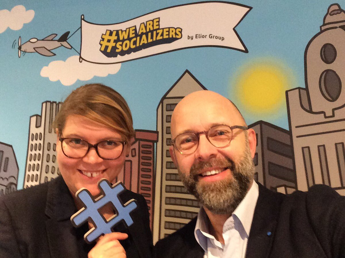 Avec @AgatheWeil à la 1ère conférence digitale @Elior_Group #WeAreSocializers  #digital #communication #socialmedia <br>http://pic.twitter.com/m8NxDsLOnH