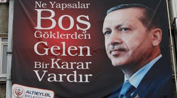'Göklerden gelen karar' Erdoğan'mış! CHP'li İnce'den pankarta tepki: M...
