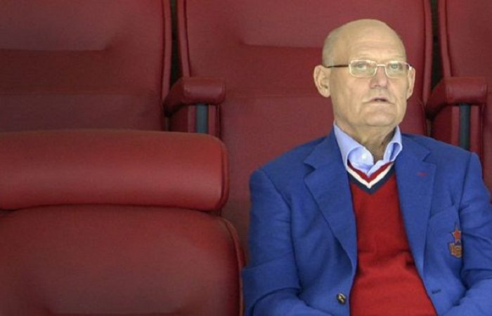 #Hockey sur #glace: décès de la #légende soviétique #VladimirPetrov #Russie #sport #socialmedia #RIP  http:// fr.azvision.az/news/36432/hoc key-sur-glace-d%C3%A9c%C3%A8s-de-la-l%C3%A9gende-sovi%C3%A9tique-vladimir-petrov.html &nbsp; … <br>http://pic.twitter.com/lQwVOiFvoi