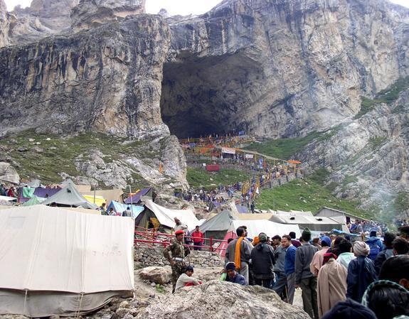 #AmarnathYatra: Registration of pilgrims for both Baltal and Chandanwa...