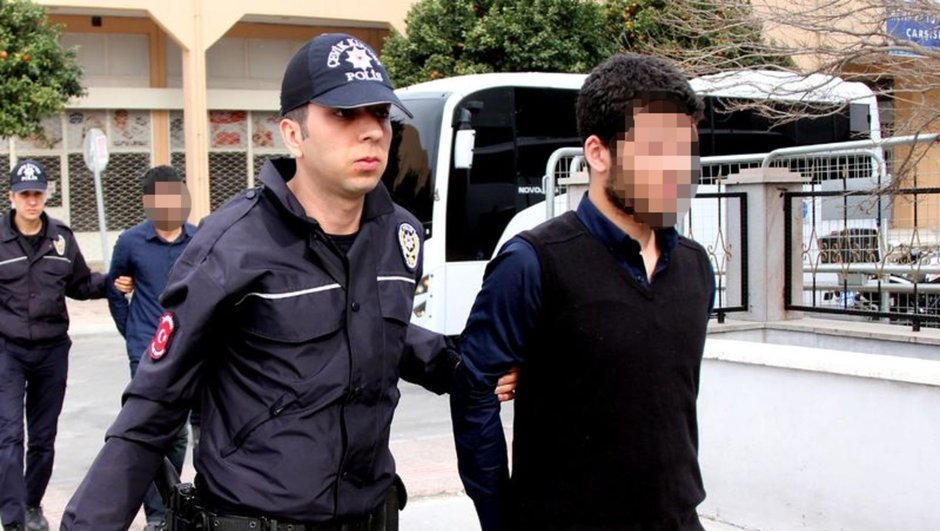 Mersin'e eylem için gelen PKK'lı yakalandı https://t.co/ywHIsSdGsL htt...