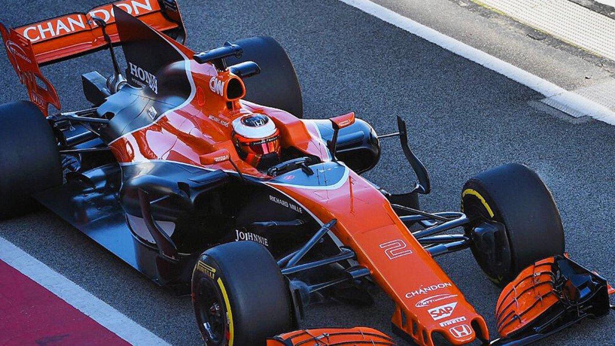 #F1| Nuevo golpe para McLaren: se rompe el motor Honda  https://t.co/P...