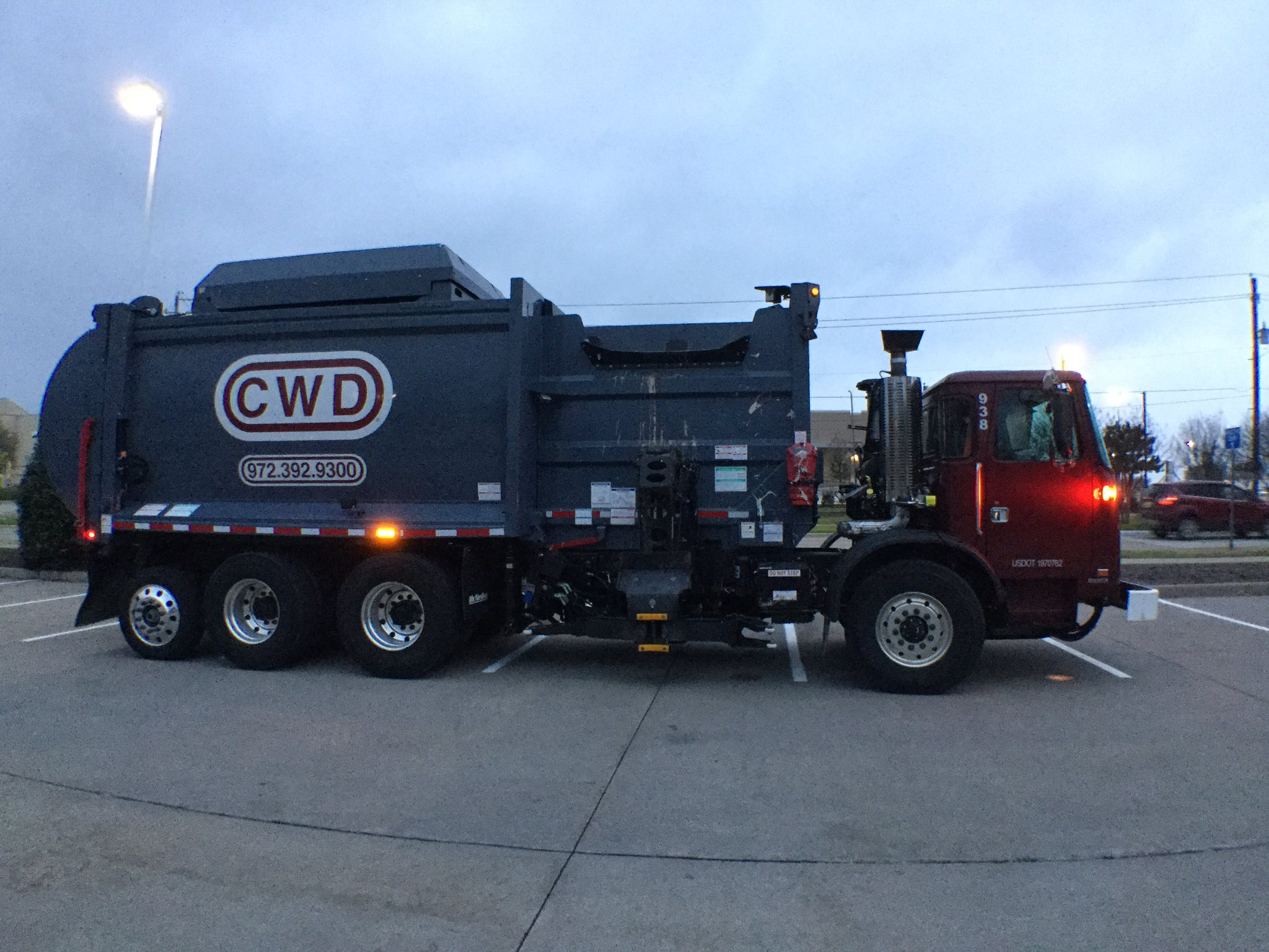 My chariot awaits. These trucks drive 120-150 miles every day! #AllenHashtagAlong @CWDisposal https://t.co/i9IhiPgslc
