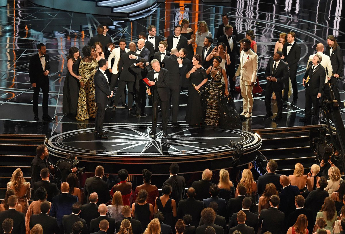 Oscars organizers are considering how to move on from PwC's huge blunder https://t.co/3Yh3fCCT72