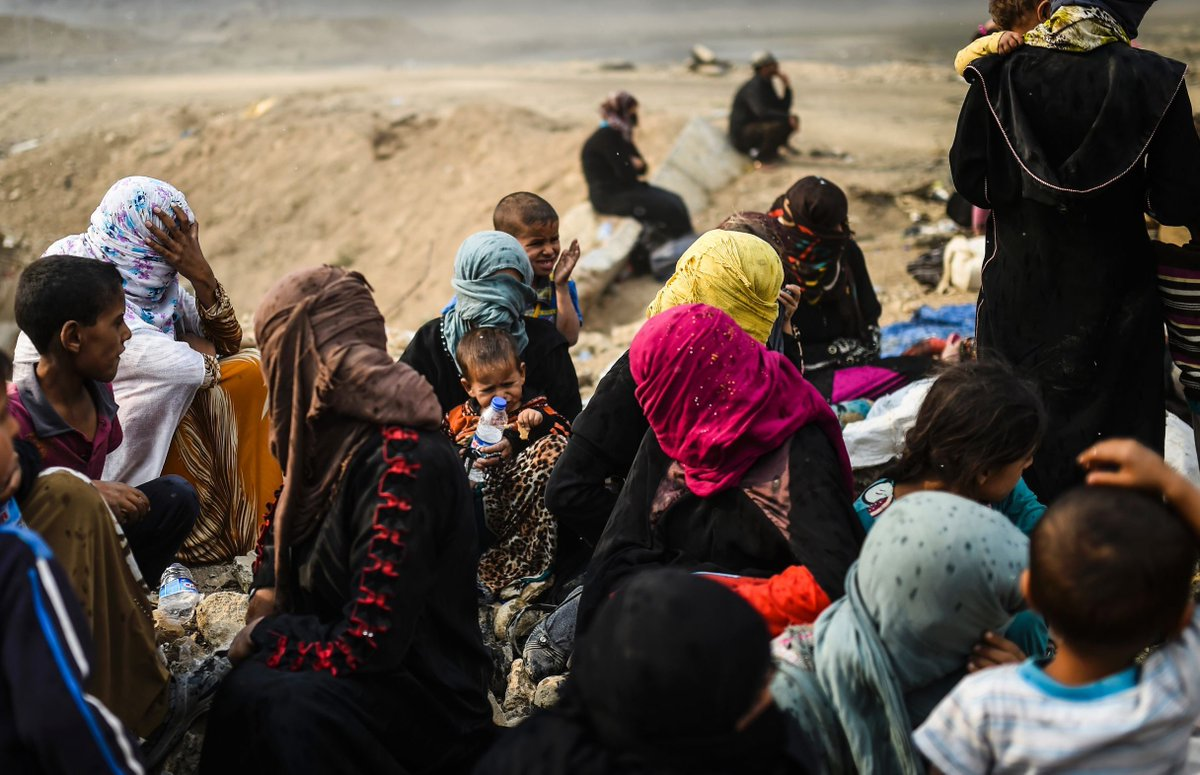 8,000 people have fled western Mosul as Iraqi forces fight Islamic State, UN says https://t.co/hxTeYXC7az