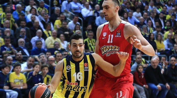 Fenerbahçe'de Kostas Sloukas ameliyat olacak https://t.co/nh6N3Sm7y7 h...
