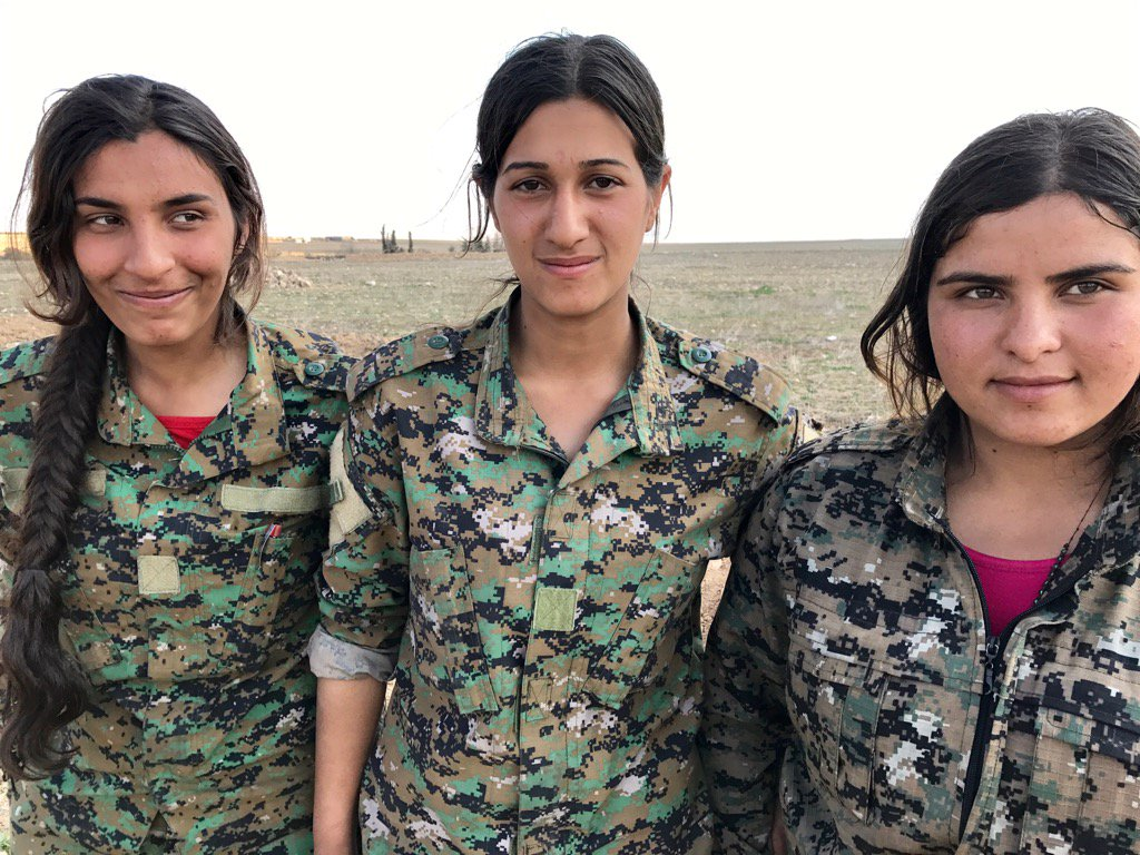 By popular demand, more photos of the female fighters of the Syrian anti-ISIS campaign
