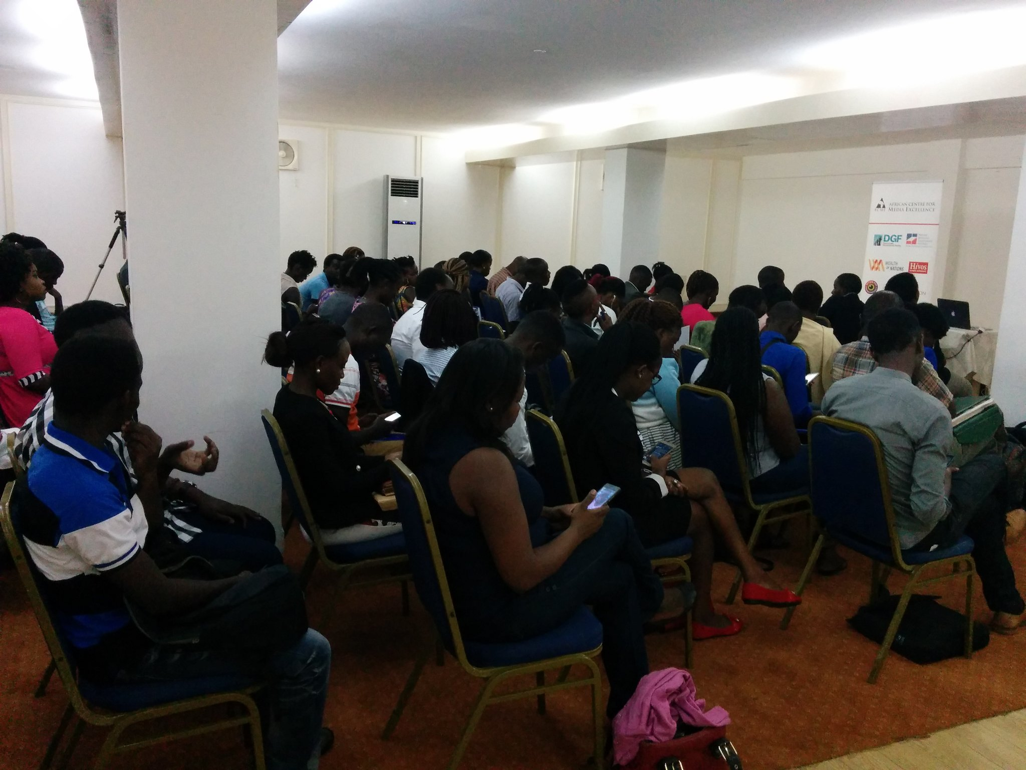 Full house at first #ACMETalk of the year. Topic today is African Journalism in the digital age by BBC's @kacungira https://t.co/DYjoPo8znp