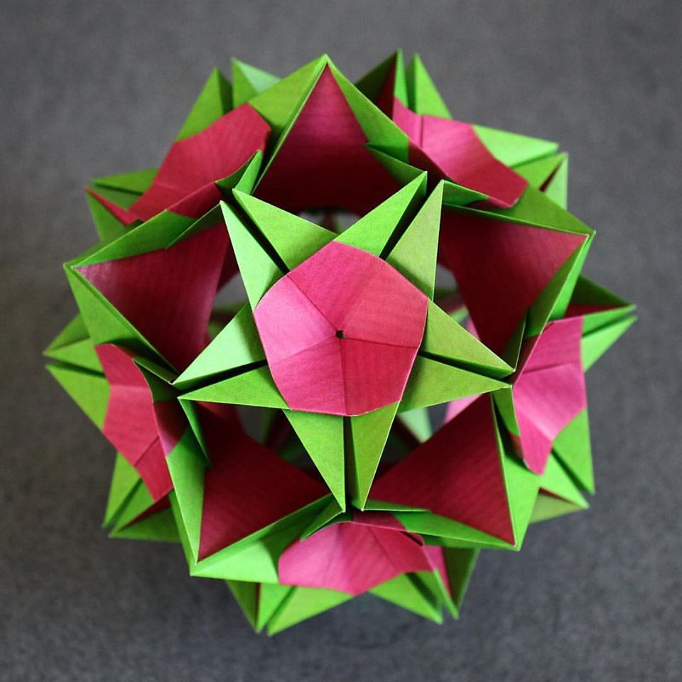 Ez origami on twitter origami claire kusudama xander perrott origami claire kusudama xander perrott folded by evan zodl video tutorial coming soon httpyoutubeezorigami picitterpdexjrfvfg jeuxipadfo Gallery