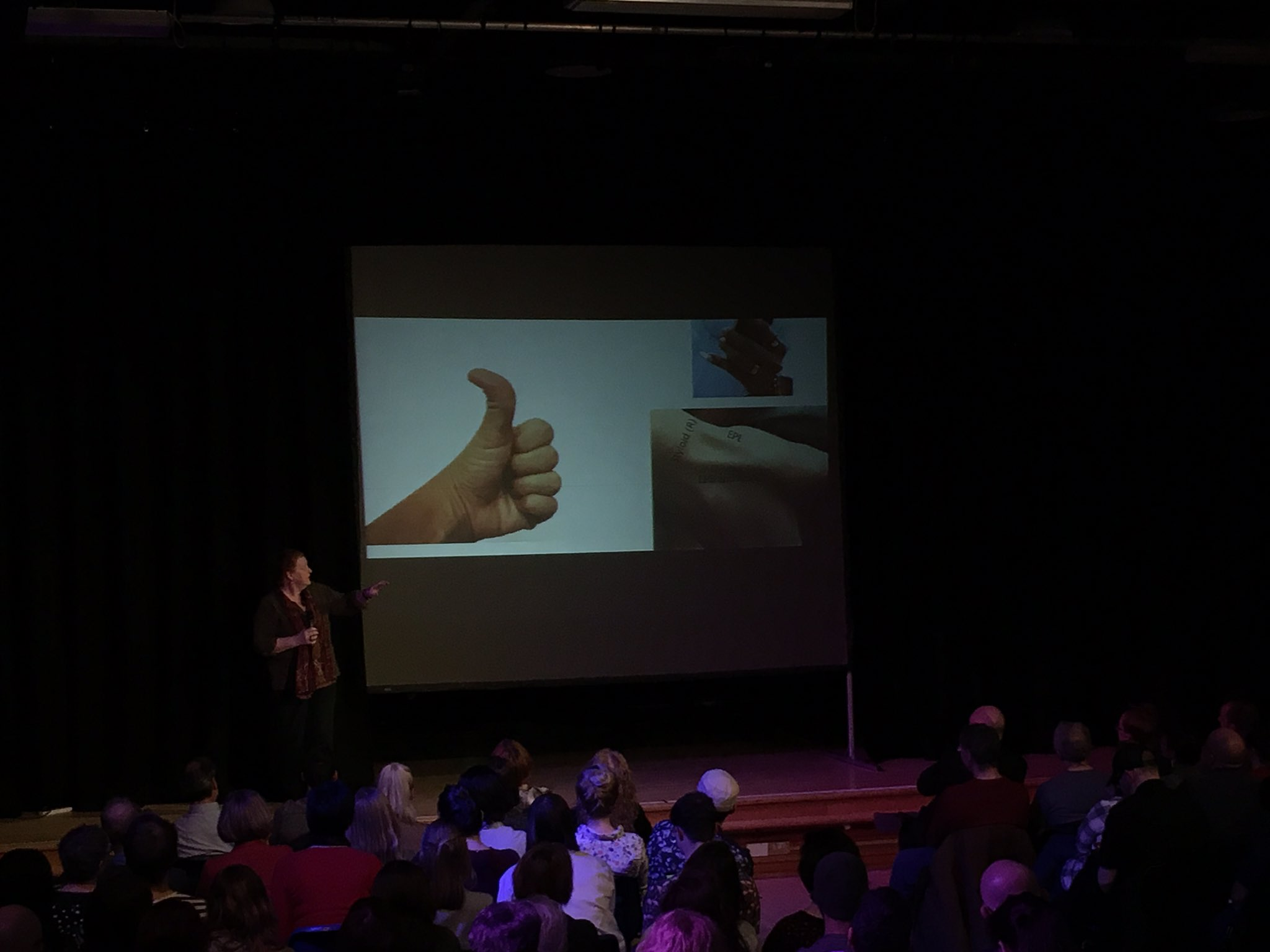 So many uses, communication, touch, identification... #hands part of our identity #pkn_dnd fascinating hearing from Professor Sue Black https://t.co/z0QqauLcZz