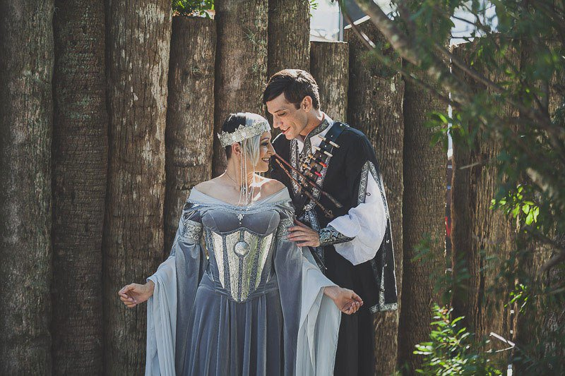 medieval wedding traditions - 800×533