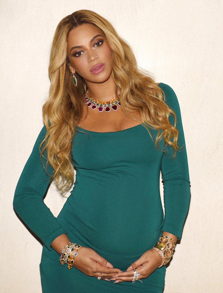 Beyoncé [II] C5xOKDAU4AAUly0