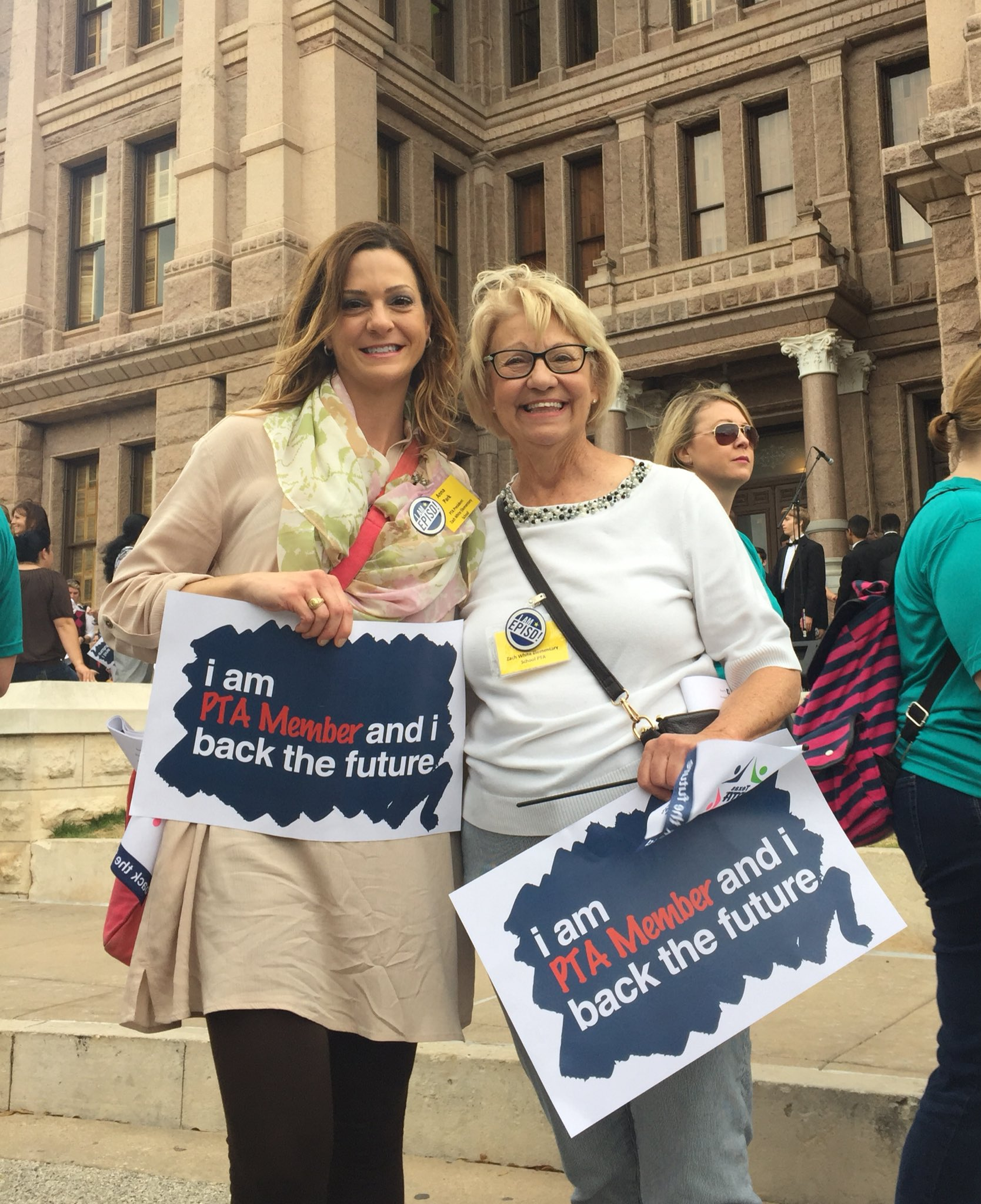 #1K4RallyDay We were there with @txstatepta to advocate for public schools.The work continues today, tomorrow, & every day after that. 👊🏼 https://t.co/I3qqaNdKvH